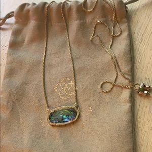 Kendra Scott Delaney necklace in gold